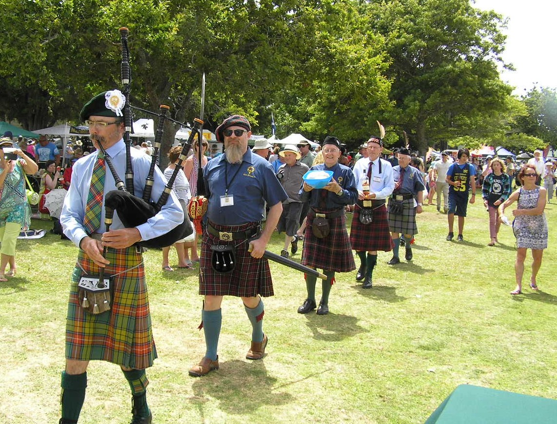 Clan Donald New Zealand: 2017 Highland Games at Waipu